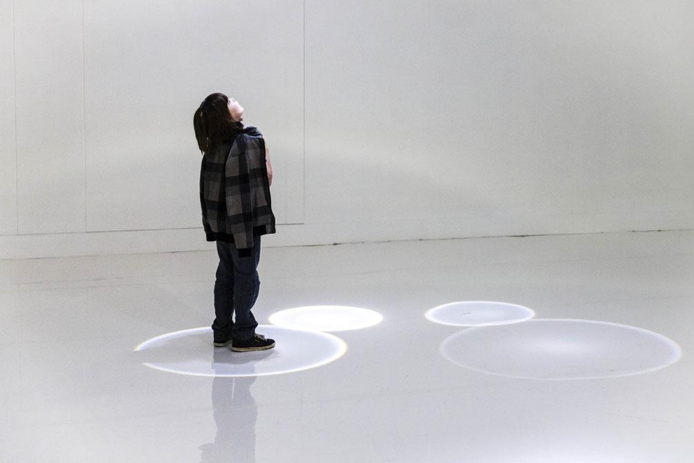 'Falling Light', 2010 | Troika (Conny Freyer, Eva Rucki, Sebastien Noel)